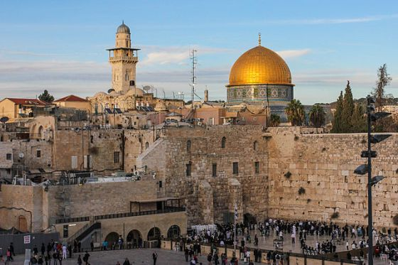 640px-western_wall_with_the_dome_of_the_rock_in_background
